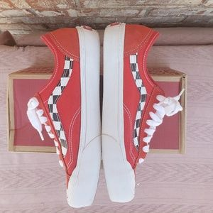 Vans shoes with extracush